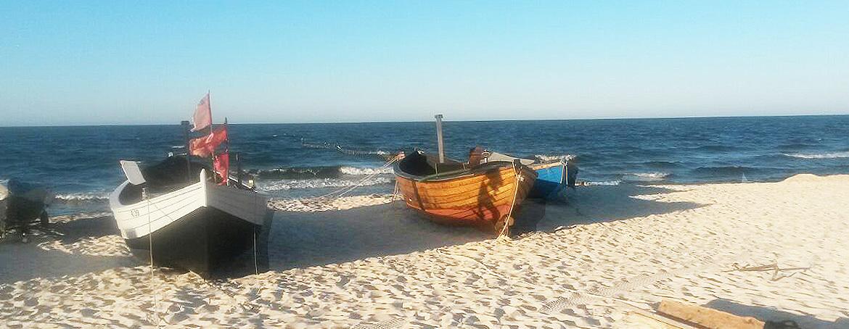 Ostseestrand Koelpinsee Fischerboote